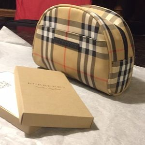 Burberry  Nova Check Bag